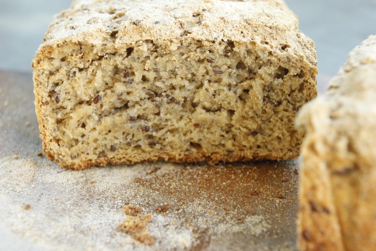 Wie man kinderleicht Sauerteig und Brot selbst macht